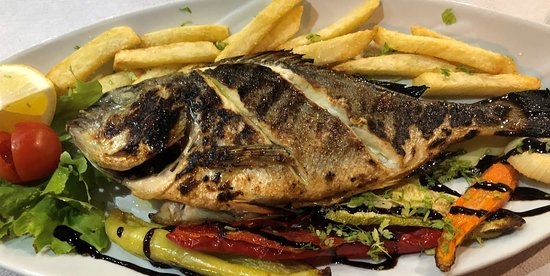 Mama's Kitchen - fresh fish and vegetables