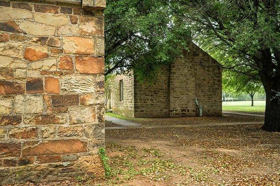 Newcastle, TX: buildings