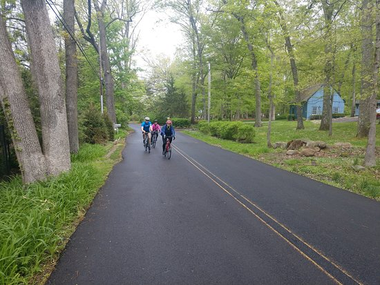 Bucks County, بنسيلفانيا: .  OUTDOOR SPIN - 10-15 miles of exciting workout!  Outdoor spin is an exciting Spin Class done outside.  Never mind a Peloton, why not actually be out there doing it and seeing it!  Rides will be awesome and exciting, and you will be experiencing the great outdoors while getting an awesome workout!  Rides will be in PA and NJ near the River.  Bring your own bike or bikes can be provided for an additional cost.