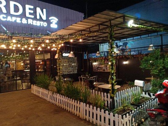Secret Garden Resto Cafe Bekasi Restaurant Reviews Photos Phone Number Tripadvisor