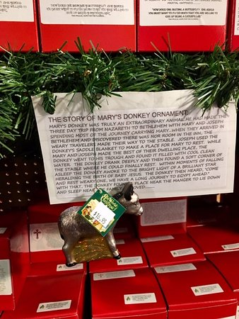 A Gift For Christmas Story.Ornaments With A Story Very Interesting And A Great