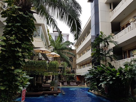 Permata Kuta Hotel by Zeeti International: Foto lingkungan sekitar Hotel pada 17 Agustus 2018 yang lalu :)
