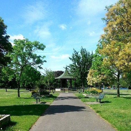 Hanwell, UK: Elthorne Park