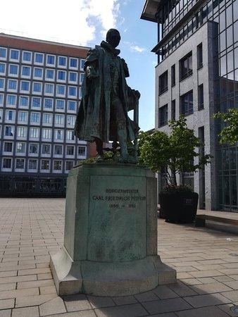 Denkmal Burgermeister Carl Friedrich Petersen