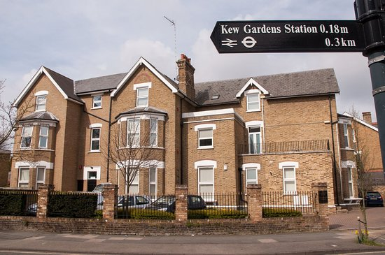 Clarendon Apartments - Kew House and Gardens