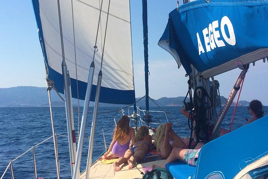 SEAthens - Day Sailing Cruises & Activities