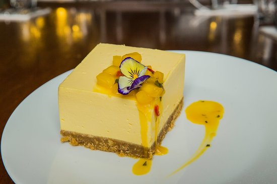 Dessert at at Alma de Cuba
