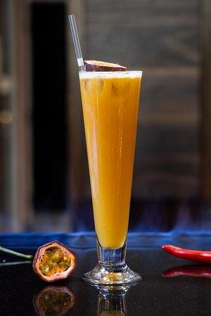 Cocktails at at Alma de Cuba