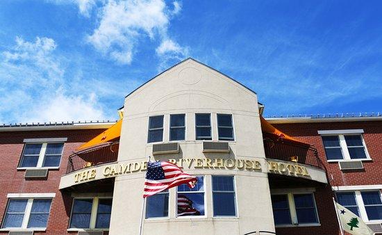 Camden Riverhouse Hotel and Inns