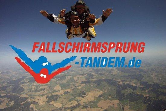 Fallschirmsport Schatt - Tandemsprung Anbieter