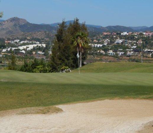 Magna Golf Course: Green 8