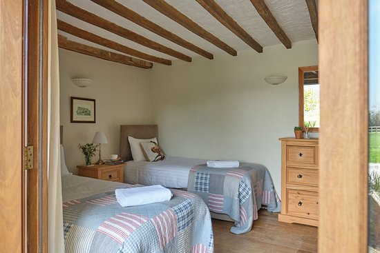 Middlewick Holiday Cottages: Second bedroom of Meadow Barn