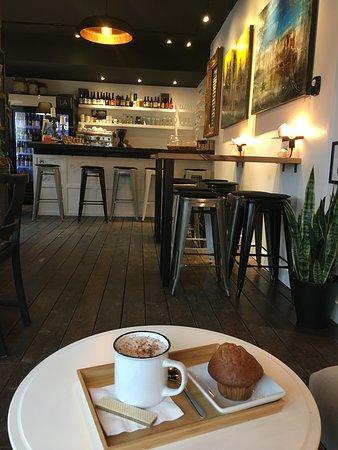 Eastman, Kanada: Pourquoi pas un petit café 😊