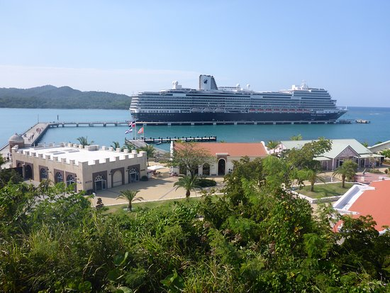 Koningsdam: View from Amber Cove