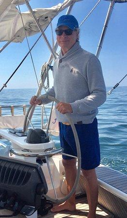 Μπόφορτ, Βόρεια Καρολίνα: Captain Tony behind the wheel of Bravado