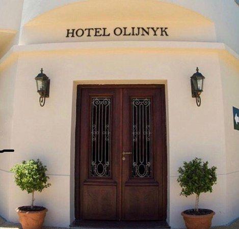 EXELENTE HOTEL