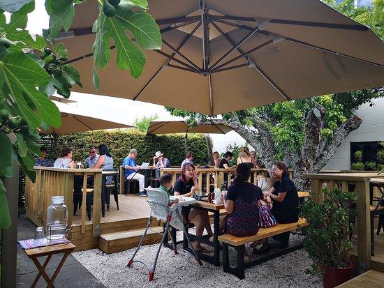 The Plumm: Cafe Garden