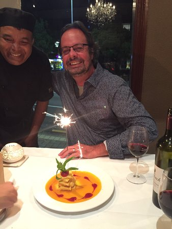Edgecliff, Australia: Celebrated a birthday in style with Hyat and his wonderful curries !