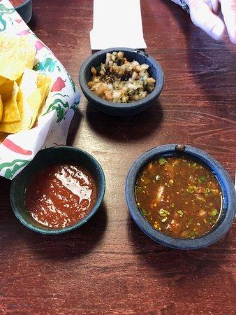 Mariachi Mexican Grill : The Pico de Gallo and the Hot salsa!