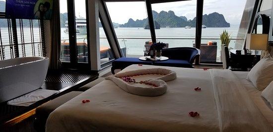 Stellar Of The Seas Cruise: Executive suite room