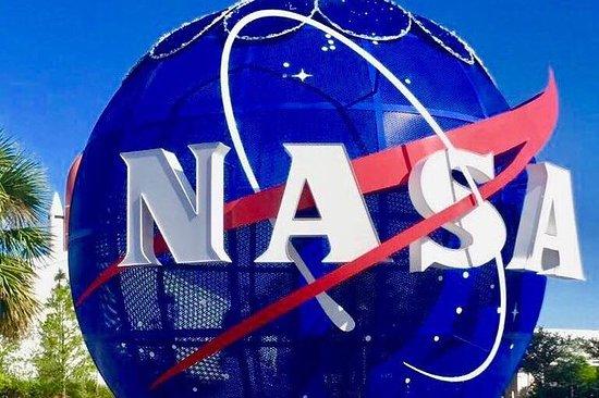 Centro Espacial Kennedy y compras en...