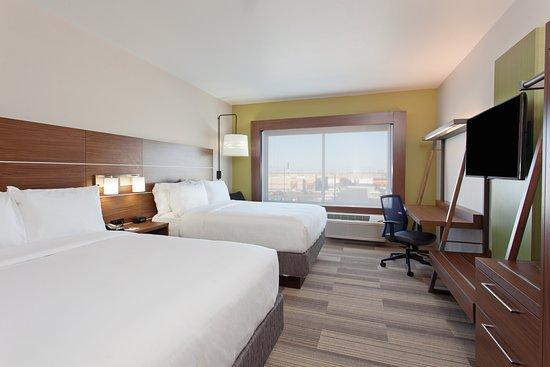 Holiday Inn Express & Suites - Brigham City - North Utah: Guest room