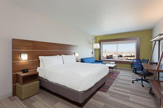 Holiday Inn Express & Suites - Brigham City - North Utah: Suite