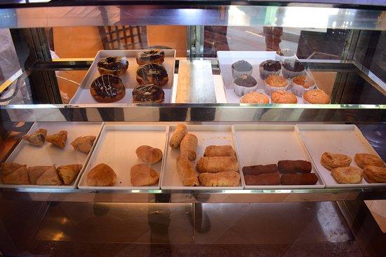 Gelioya, Sri Lanka: Pastry Shop