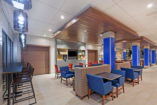 Holiday Inn Express & Suites Chanute: Restaurant