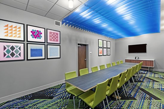 Holiday Inn Express & Suites Chanute: Meeting room