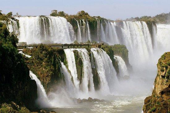 Braziliaanse kant van Iguazu Falls ...
