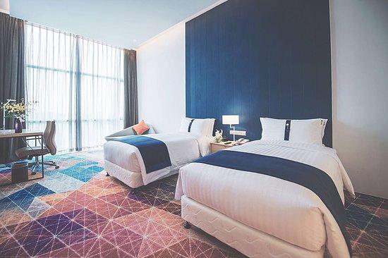 Holiday Inn Express Shanghai Songjiang Fangta