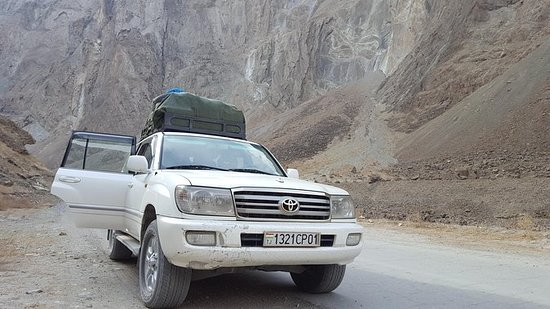 Duschanbe nach Osh Stadt über Wakhan...