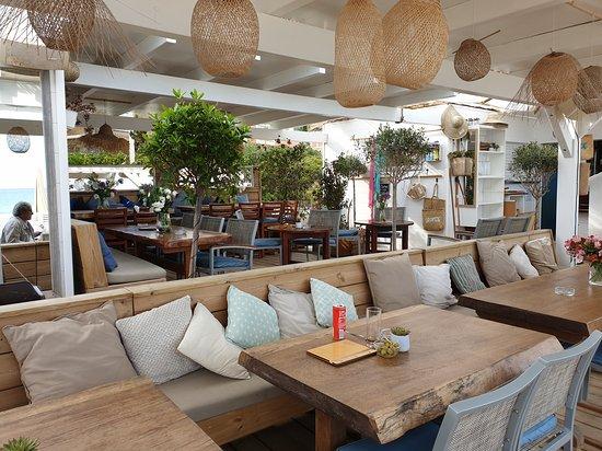 La Pinede Plage De Saint Clair Le Lavandou Restaurant Avis Numéro De Téléphone Photos Tripadvisor