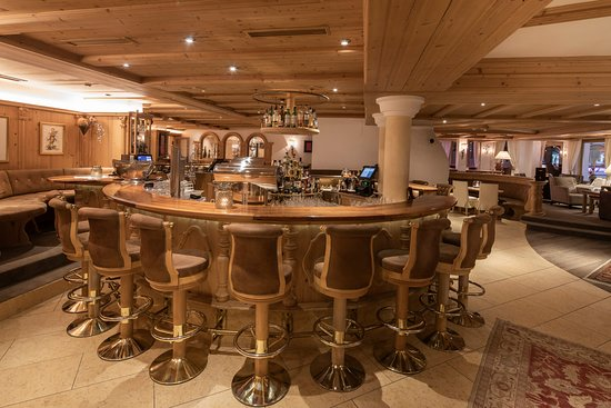 Hotel Post Ischgl: Hotelbar 67