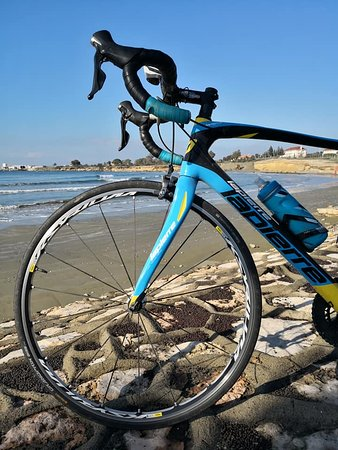 Dhekelia, ไซปรัส: Beautiful bikes take you to amazing sites
