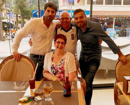 Wembley Restaurant & Bar: Rodney & Eddie With Pam & myself