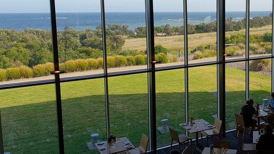 Radius Restaurant: Lovely views while dining
