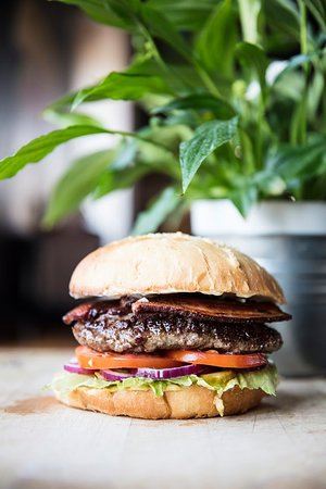 We love burgers!