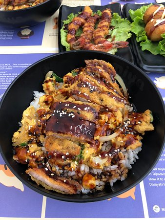 Miya - Noodle & Sushi Bar
