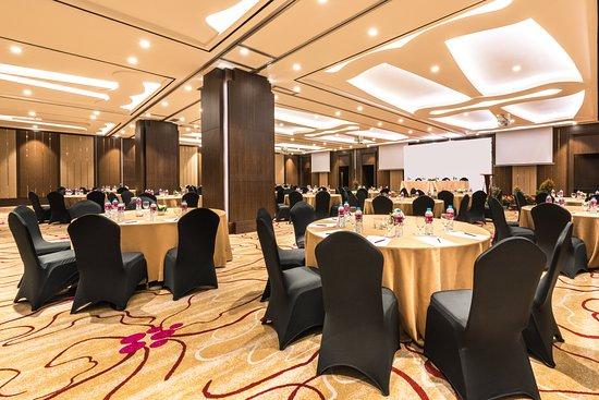 Crowne Plaza Bandung: Meeting room