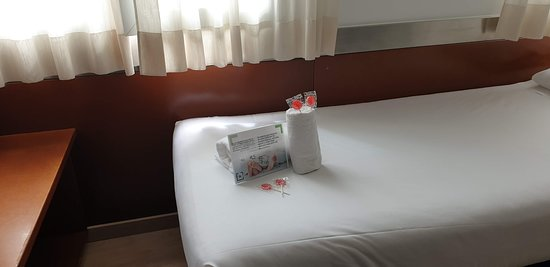 Tres Torres Atiram Hotel: Candy for our little ones.