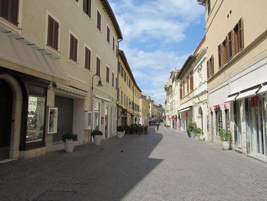 Corso Giosue Carducci