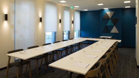 Holiday Inn Express Geneva Airport: Meeting room