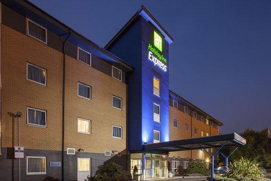 Holiday Inn Express Birmingham - Star City: Exterior