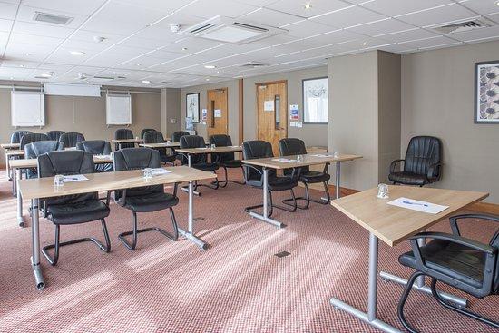 Holiday Inn Express Birmingham - Star City: Meeting room