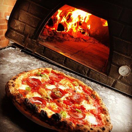 Tredici Wood Fired Pizzeria & Bakery