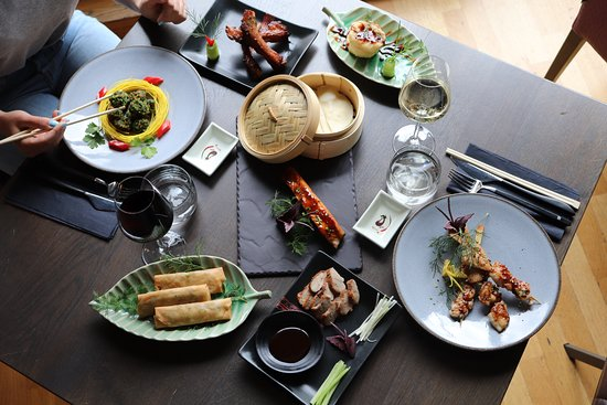 Restaurant The City: choose our delicious asian dishes