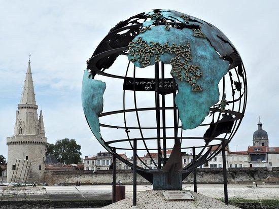 Le Globe de la Francophonie