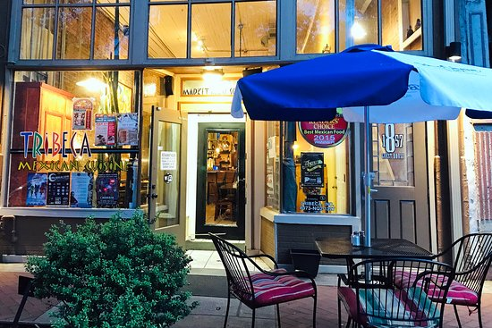 Tribeca Mexican Cuisine: Outdoor seating is available along tree-lined cobblestone street
